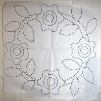 Drawn pattern of a floral wreath design for quilt block appliqué pattern.